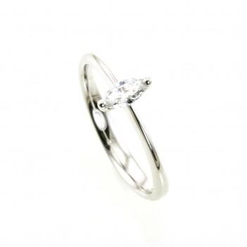 Anillo en oro blanco con diamante talla marquise