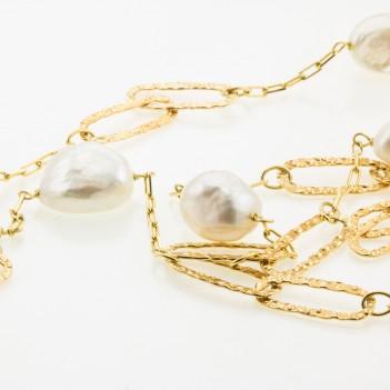 Collar perlas de agua biwa con cadena en oro amarillo